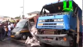 #BreakingNews: Container Truck Falls From Kwame Nkrumah Circle Interchange