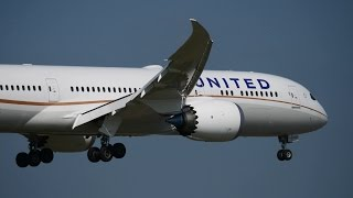 UAL 747 777 787 737 Landing at NRT