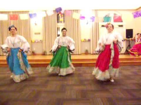Vuela Paloma y El Toro Mambo Ballet Folklorico de Stanford