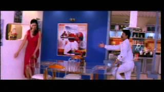 Arangetra Naal - Yukta Mookhey kills Govind's friend