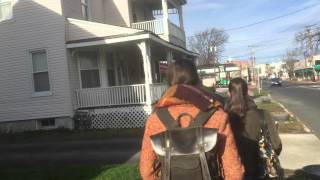 MAFJE in Freehold NJ, 78 South Street 78 passing Bruce Springsteen house (21-12-2015)