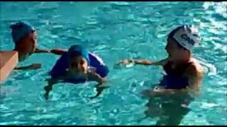 Piscina: corso di nuoto la 1° lezione .
