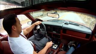 1986 Mustang 5.0 Drift donuts and slides on the streets!