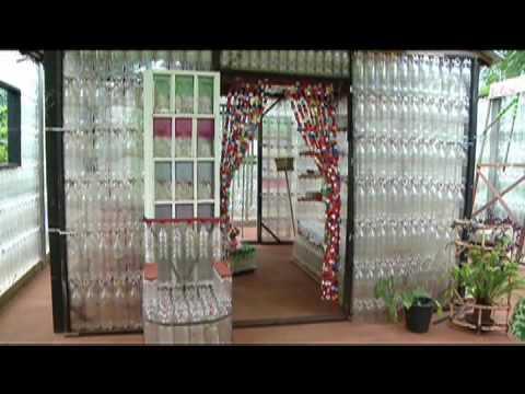 Casa feita de garrafa pet