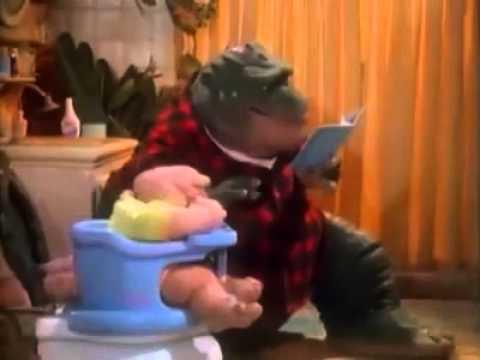 Recopilacion de el bebe sinclair nene consentido los mejores momentos de dinosaurios.