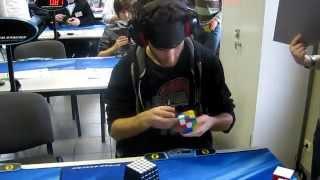 Marcell Endrey Rubik's Cube blindfolded World Record 28.80s - resolvendo cubo mágico vendado