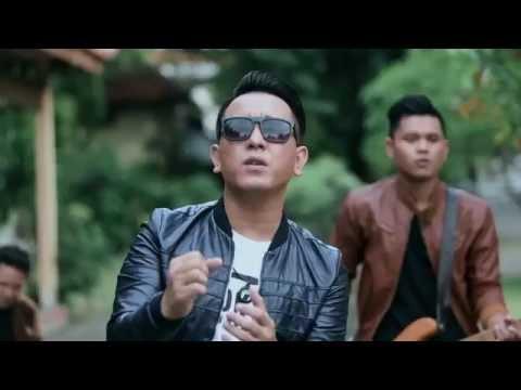 Ilir7 Sujudku Official Music Video