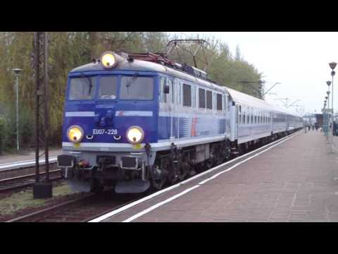Trains Pociągi Eurocity Intercity TLK w Koninie EU07 EP09 EP07