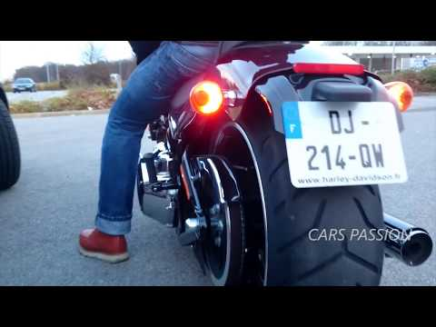 Harley Davidson Softail Breakout sound exhaust