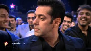 Salman Khan walks out of the STAR Box Office India Awards!