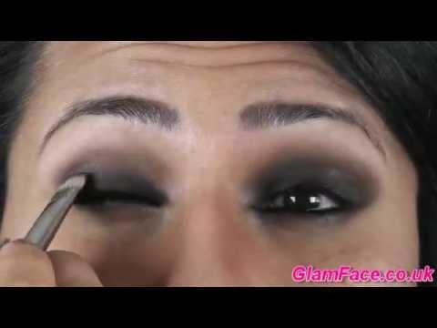 Katrina Kaif Simple Sexy Smokey Eyes- Dhunki Look