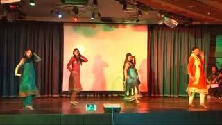 Indian wedding Dance on Aaja Nachle