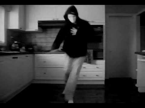 [Melbshuffle.com] - White Masked Shuffler...Hardstyle