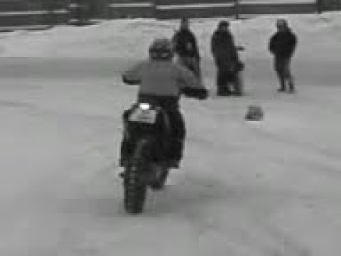 10 year old running a ktm 690 on ice.3gp