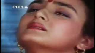 Bollywood Actress rare hot scene