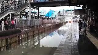 Nalasopara Express Train Roller Coaster Mumbai Rain 20th September 2017