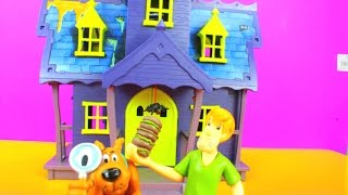 Scooby Doo Mystery Mansion with Goo Turrent with Scooby and Shaggy