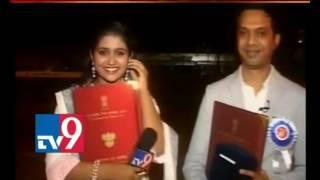 Sairat Actress Rinku's Emotional Tears LIVE after Director Nagraj Manjule's Call TV9 Part1