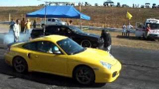 Porsche bi-tubo vs Dodge Charllenger Arrancada em Goiania