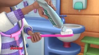 Les Conseils de Docteur la Peluche : se brosser les dents | HD