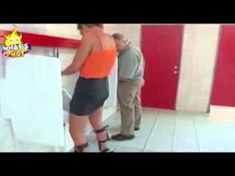 Funny Video - Video Wanita Kencing Di Dalam Kamar Mandi Laki-Laki