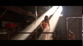 We're the Millers   Stripping Scene   YouTube2