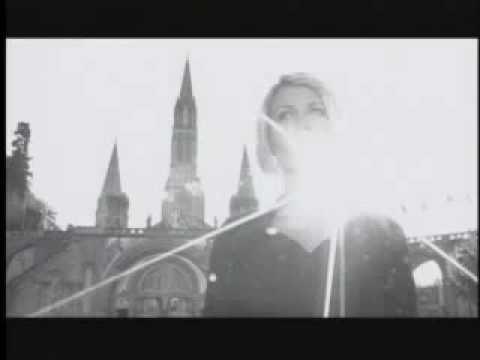 Ave Maria, sung by Angelina EWTN