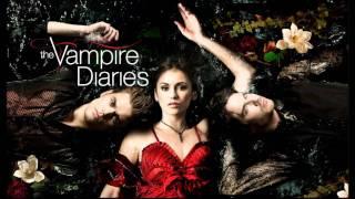 Vampire Diaries 3x01 Martin Solveig & Dragonette - Hello