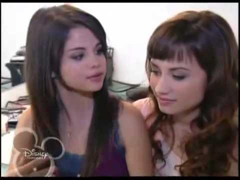 Program Ochrony Księżniczek DCOM Extra 1 Demi Lovato & Selena Gomez