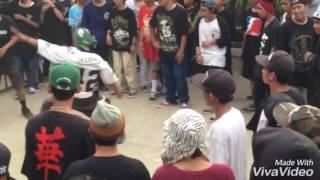 Video GOKIL Hardcore Moshing Pakai Kresek