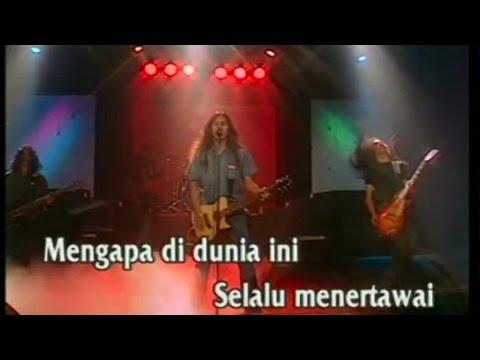 Boomerang - Kisah Seorang Pramuria (Official Karaoke Video)