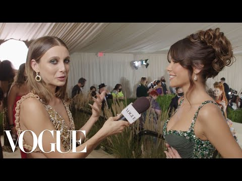 Madison Beer s One of a Kind Met Gala Dress Met Gala 2021 With Emma Chamberlain Vogue