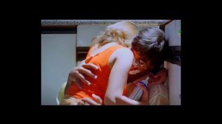 Madhuri Di-xit Hot and Sexy Scenes