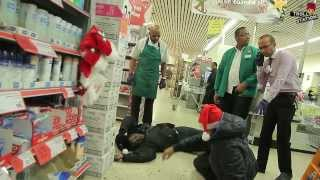 Play Fighting In Public Christmas Special