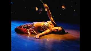 Floor work - Turkish belly dancer