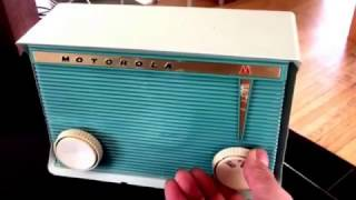 BLUETOOTH MP3 READY - Teal and Light Green 1959 Motorola Model A16G-29 Tube AM Clock Radio