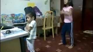 La la la ---- leggo ---- shakira - video remix