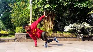 Bboy Indonesian. Breakins on the street in Alun2 purwakarta