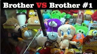 Claw Machine Challenge    Brother VS Brother #1