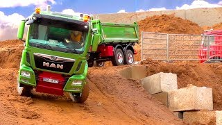 CONSTRUCTION-WORLD I MAN 3 AXLE TIPPER RC TRUCK I RC ROAD BUILDING I SCALEART