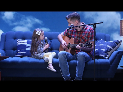 Adorable Singing Father Daughter Duo Performs You ve Got a Friend in Me