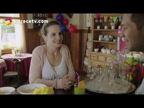 Victoria debe ir a trabajar viendo como Rafael se queda en el mismo lugar que Ana