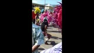 How to shake your ass in Trinidad during carnival