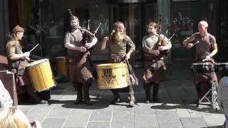 bagpipe musica celtica - glasgow 2011 - CLANADONIA - Hamsterheid.  panasonic sd90 full hd