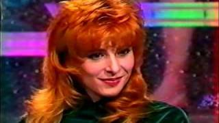 57)---MYLENE FARMER( 1988) ---COLLECTION OF TV, EXCLUSIVE VIDEO, INTERVIEW( SANTMAT)---