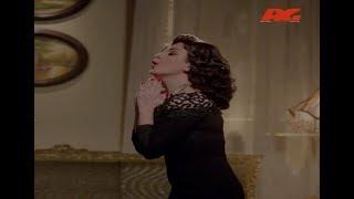 """لما تبقى ممثلة فاشلة والمخرج كل شوية يوقف التصوير .. """" انتي أوفر أوفر 😂😂 """" #حارة_اليهود"""