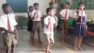 Dharatichi aamhi lekar 4th std marathi poem with action...