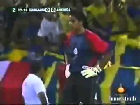 Talavera Ataja Penalti A Cuauhtemoc Blanco Chicas 0 Vs 1 America .wmv