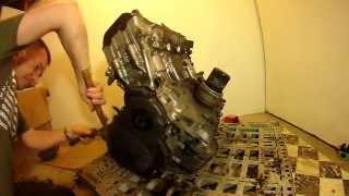 CBR954 CBR929 Fireblade engine strip down and gearbox removal