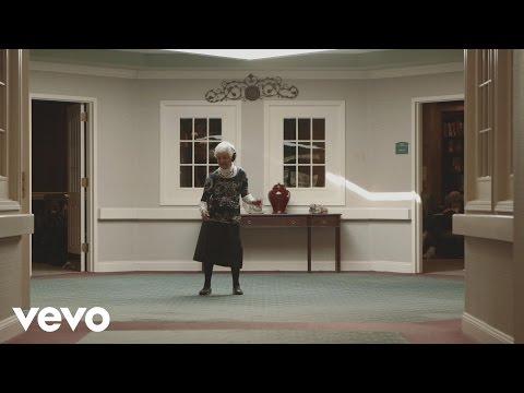 George Ezra - George Ezra vs. Seniors